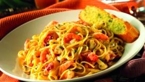 bahama-breeze-shrimp-pasta-700x400