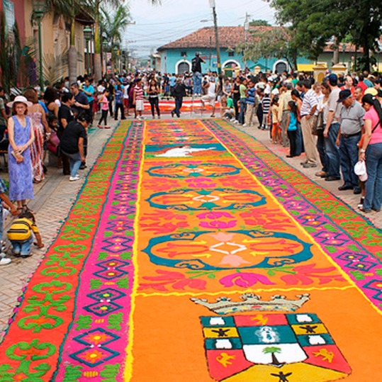 Comayagua-trasciende-fronteras-con-turismo-religioso